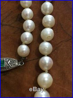 Antique Art Deco Natural Graduated Pearl Necklace Platinum Emerald Diamond Clasp