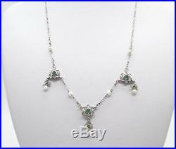 Art Deco 6.0 Gram 0.50 Ctw Diamond Pearl And 0.12 Ctw Emerald Platinum Necklace